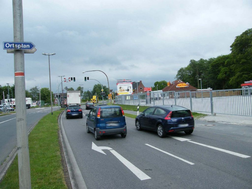 Emder Str. 1 (B 210)  / Norder Str. (B 72) VS