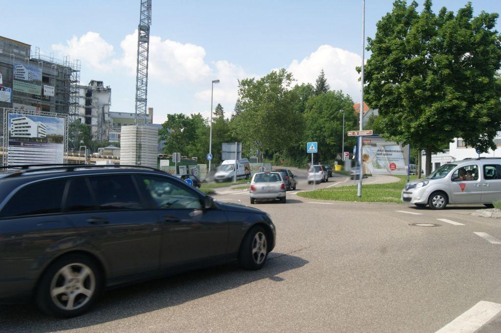 Kreisverkehr Winnender Str.  / Korber Str. VS Fahrtr. (B 14)