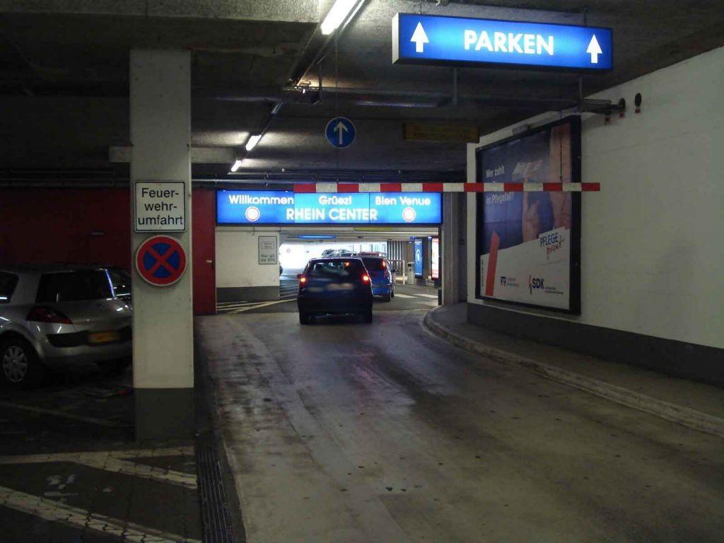 Hauptstr. 435  / (PD) 1 / Durchf. v. li.