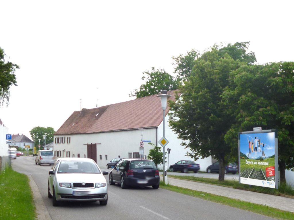 Wolferstädter Str. Am Festplatz