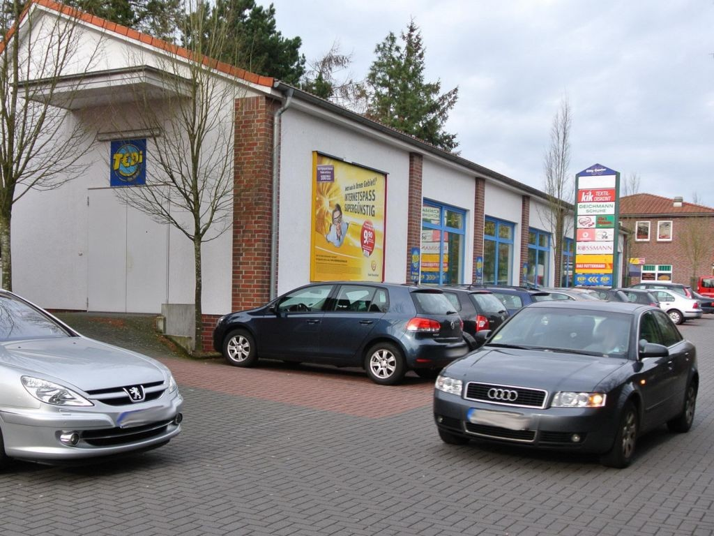 Meinardusstraße 18  (PP) City-Center Einf./Getränkem.