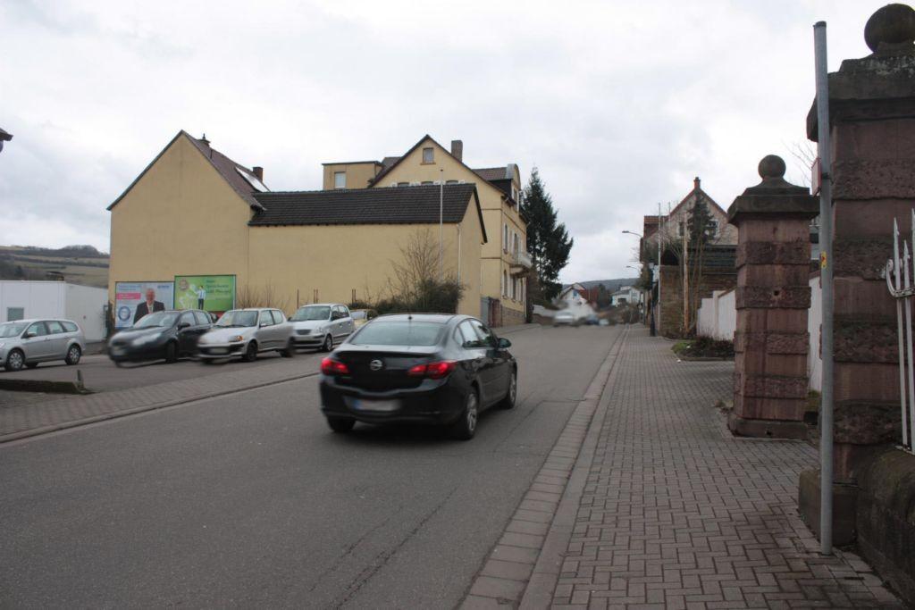 Hauptstr. 52