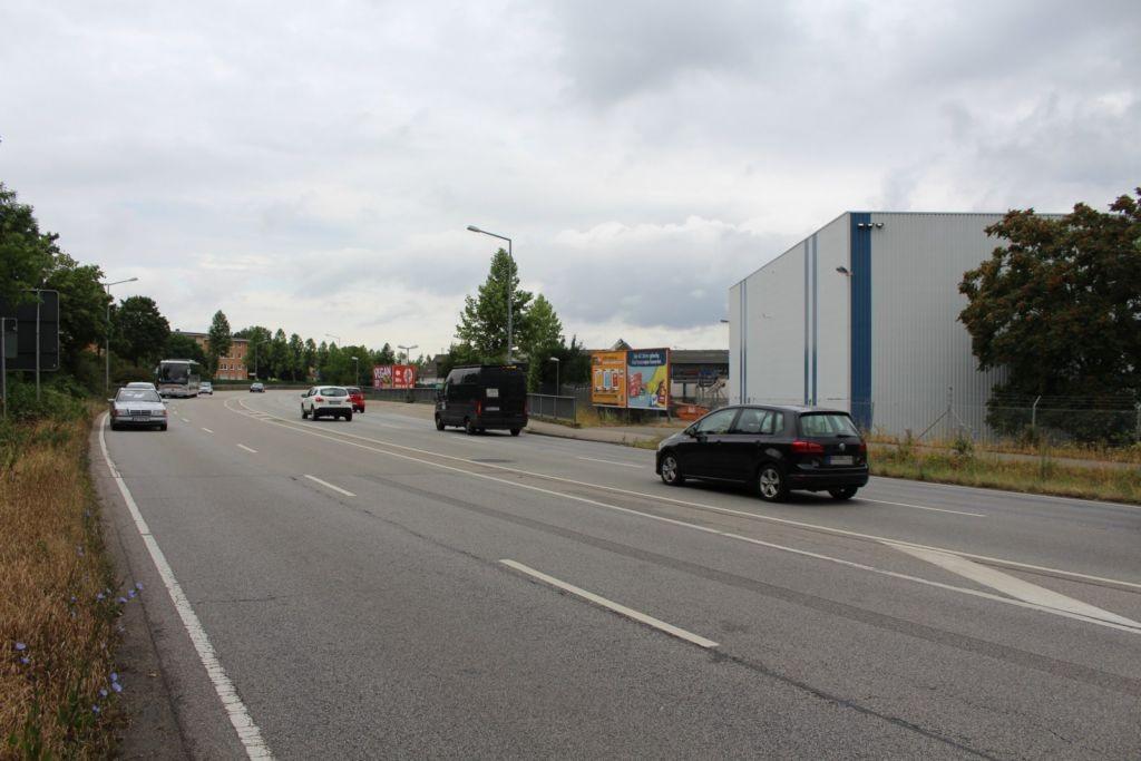 Nibelungenring (B 9)  / Petrus-Dorn-Str. 24 re. Mitte