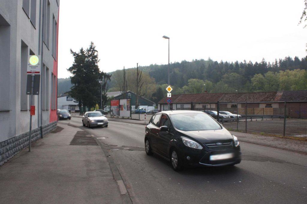 Pirmasenser Str.  neb. Hs.-Nr. 122 / Dorndorf