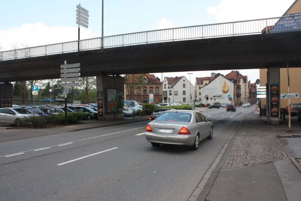 Lützelstr.  / Gottlieb-Daimler-Brücke li.