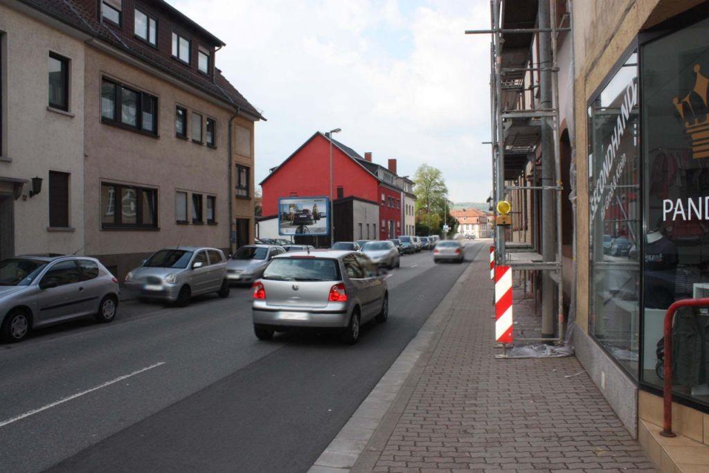 Hofenfelsstr. 28  / Rg. Hs.-Nr. 30 quer