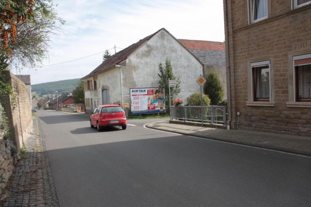 Hauptstr. 71 / Kirchstr.