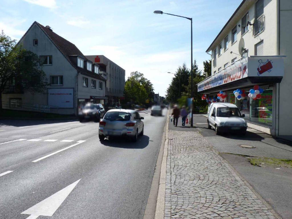 Kaiserstr. 79 (B 256)  / Scharnhorststr. quer