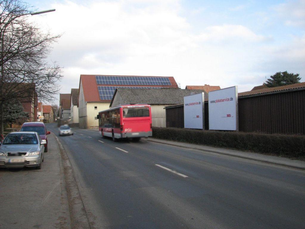 Schulstraße (L 3073) parallel