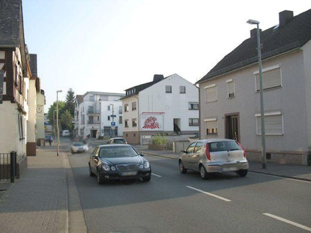 Rathausstr. 30 (B 8)
