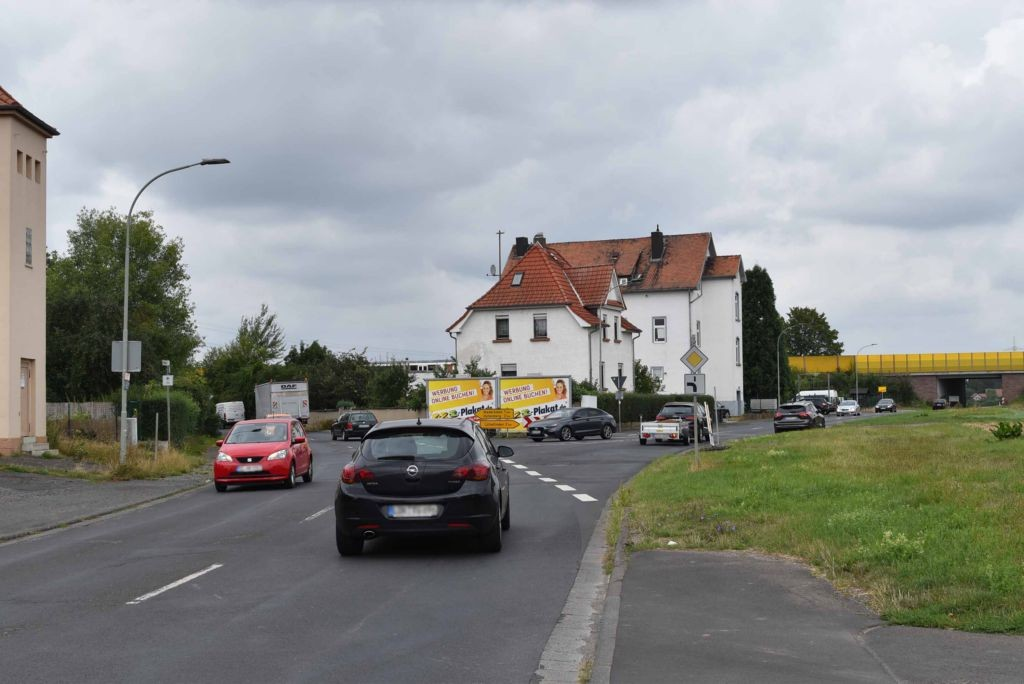 Lützellinder Str. 2  (K 20/L 3129) / Hüttenberger Str.