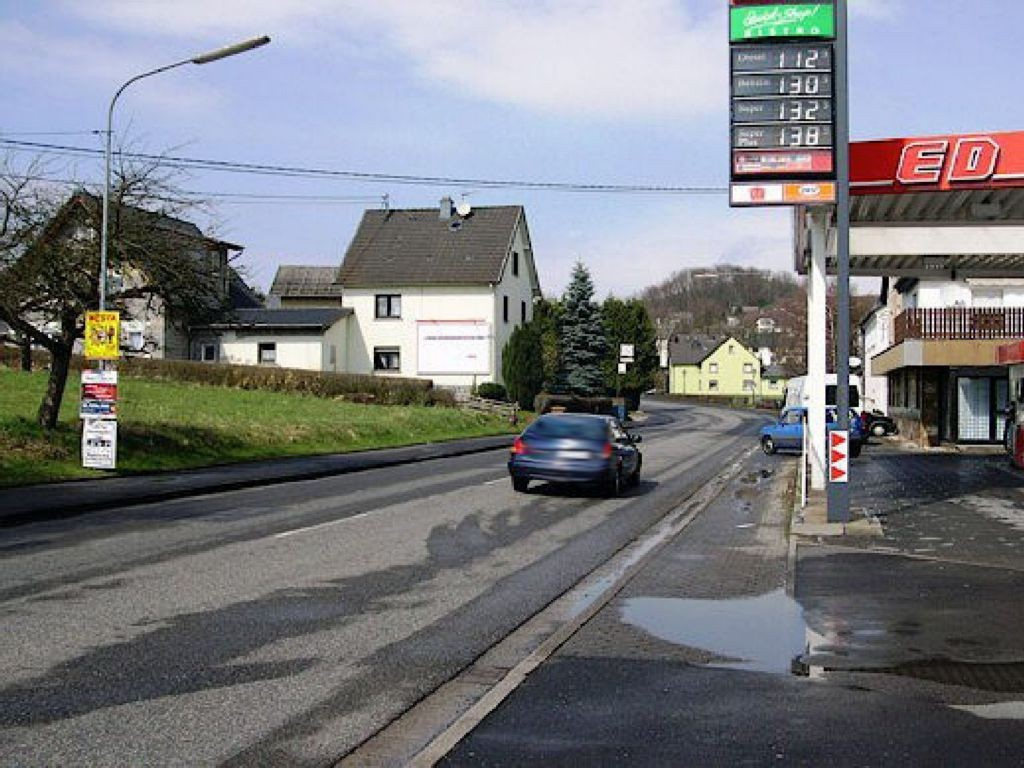 Hauptstr. 42 (B 255)