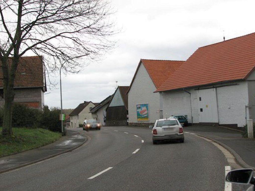Hauptstr. 11 (B275)