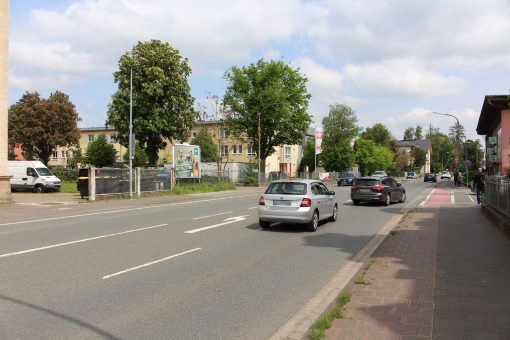 Bayreuther Str. 11 (B 470)