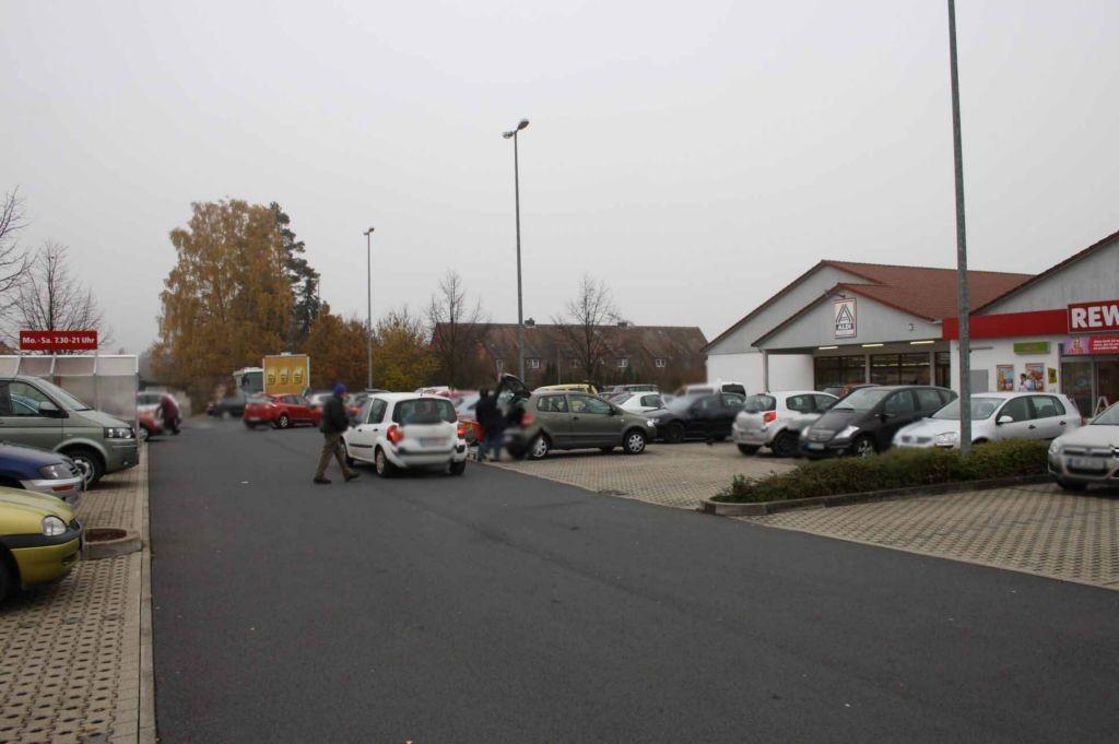 Am Kaufpark 4  / Si. (PP) Marktzentrum / neb. Einf./Ausf.