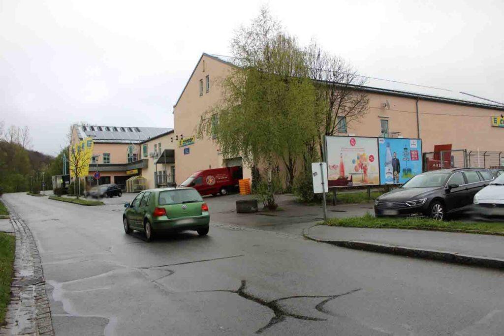Zwieseler Str. 9  / Einkaufspark (PP) / Si. Auwiesenweg