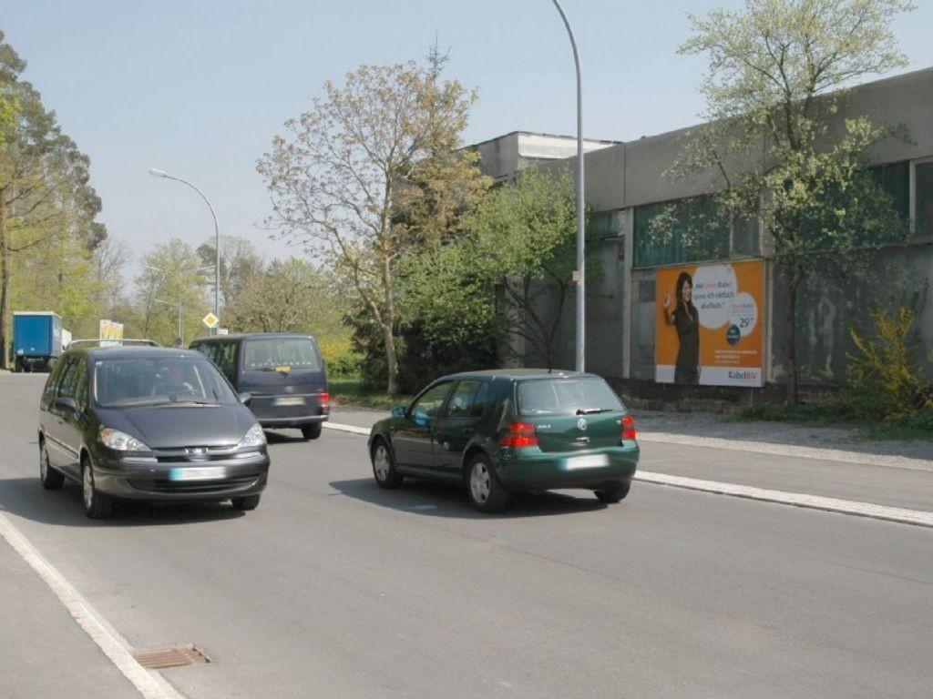 Daimlerstr. 2 /Im Vogelsang