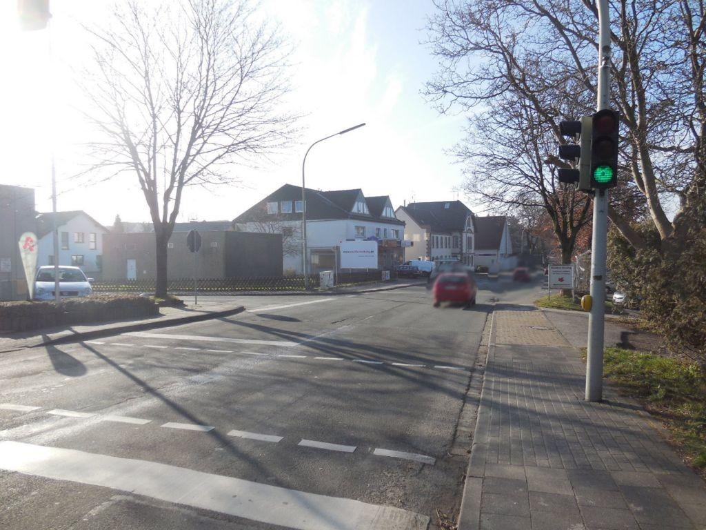 Paderborner Str.  / Remmert 2 geg. Edeka RS
