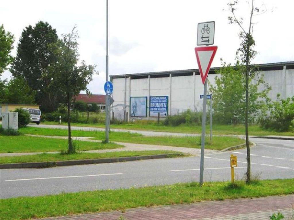 Bahnhofstr.  / Raiffeisenstr.
