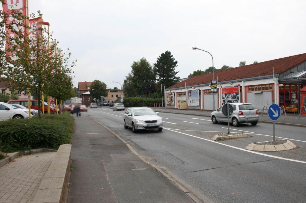Walkmühlenweg 7 (B 454)  mi. / Rewe Einf. geg.