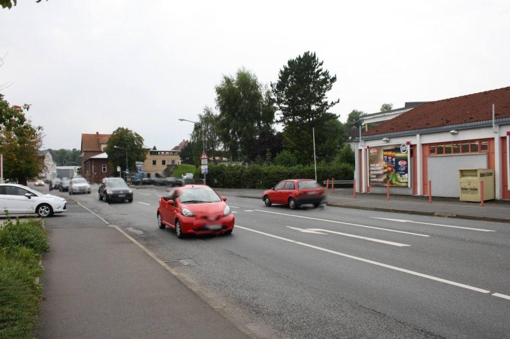 Walkmühlenweg 7 (B 454)  li. / Rewe Einf. geg.