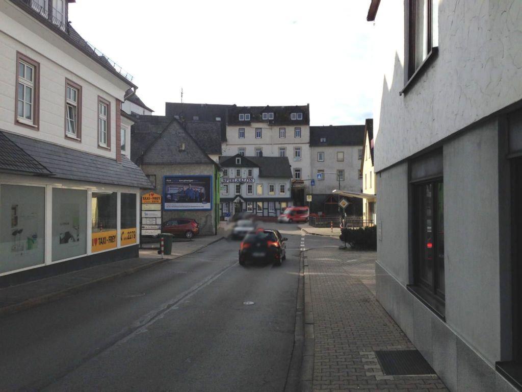 Koblenzer Str. 10  quer