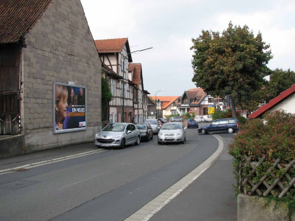 Brückenauer Str. 12  (L 3371) - parallel