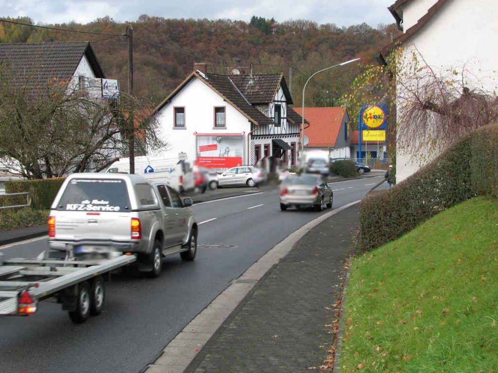Rathausstr. 71 (B 256 / L 333)  quer