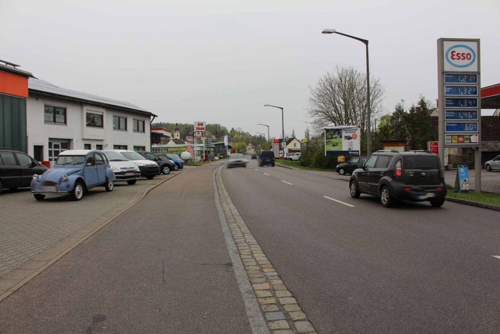 Nürnberger Str. (B 15)  / Ruhseugstr. 11