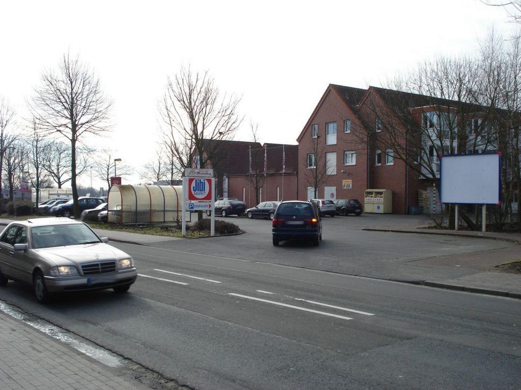 Füchtorfer Str. 6 (B 475)  / Einf.