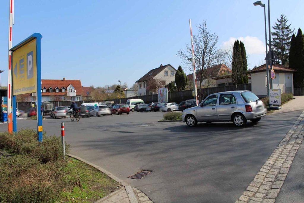 Bayreuther Str. 8  / geg. Eing. Edeka