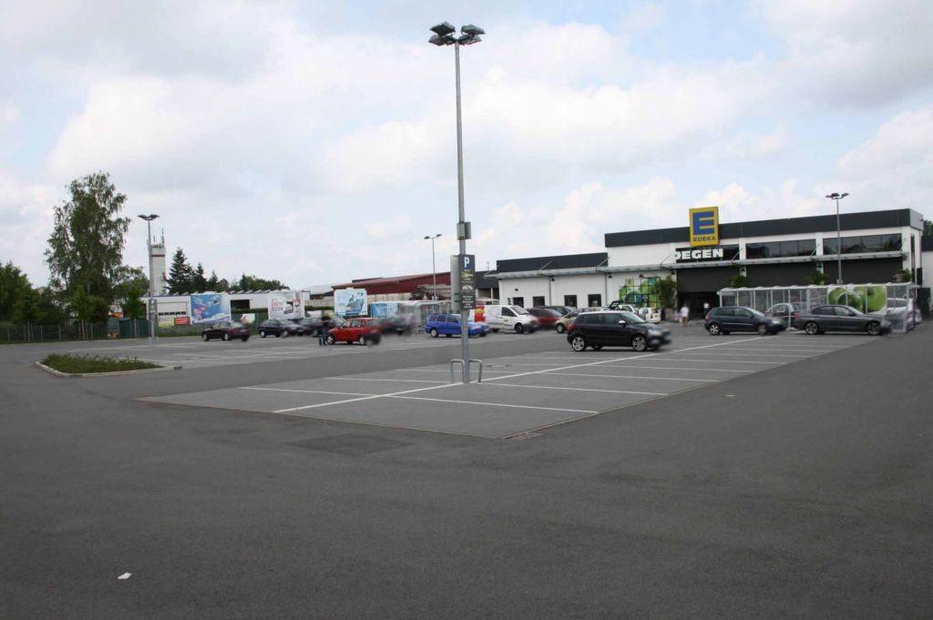 Am Sportplatz 3  / Edeka Si. Eing.