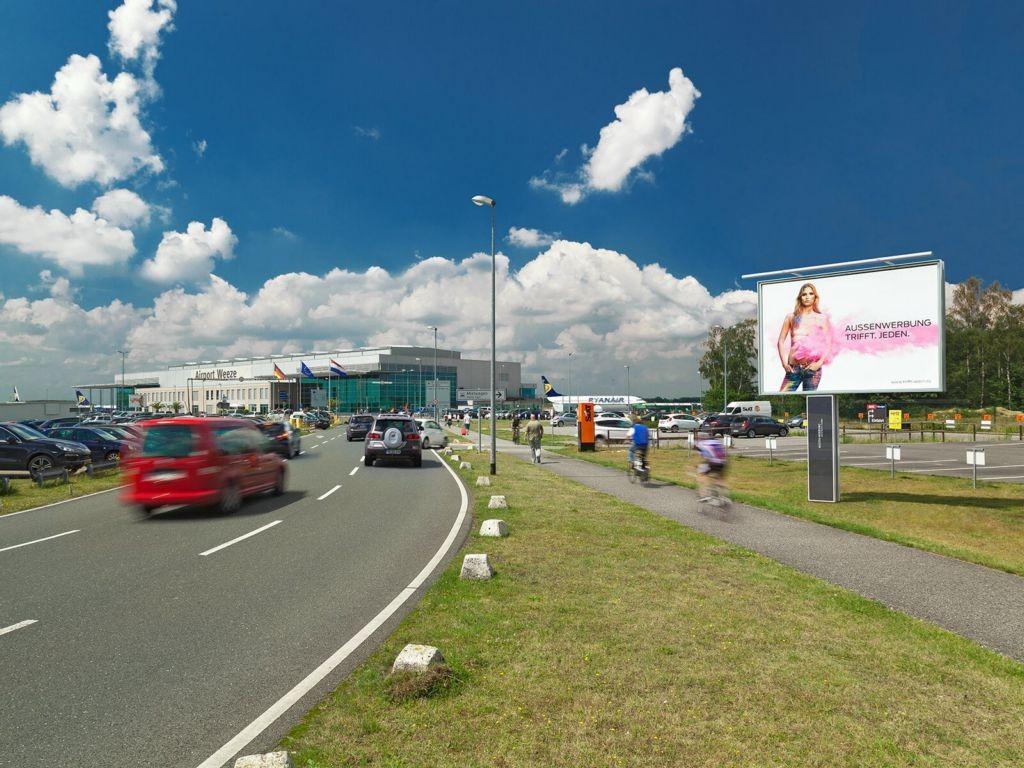Airport D-Weeze  / Haupteinf. zu (PP) und Terminal