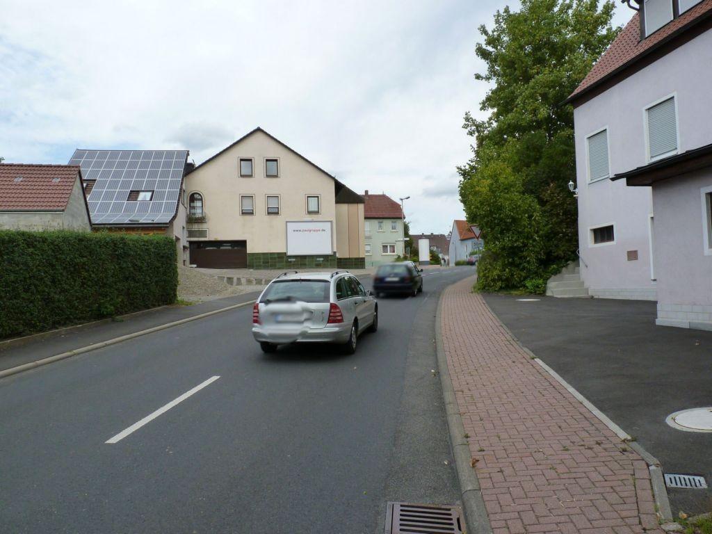 Zum Hellbach (ST 2290)  / Hammelburger Str. 1 - quer