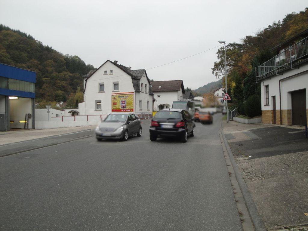 Arzbacher Str. 47  (L 329) quer