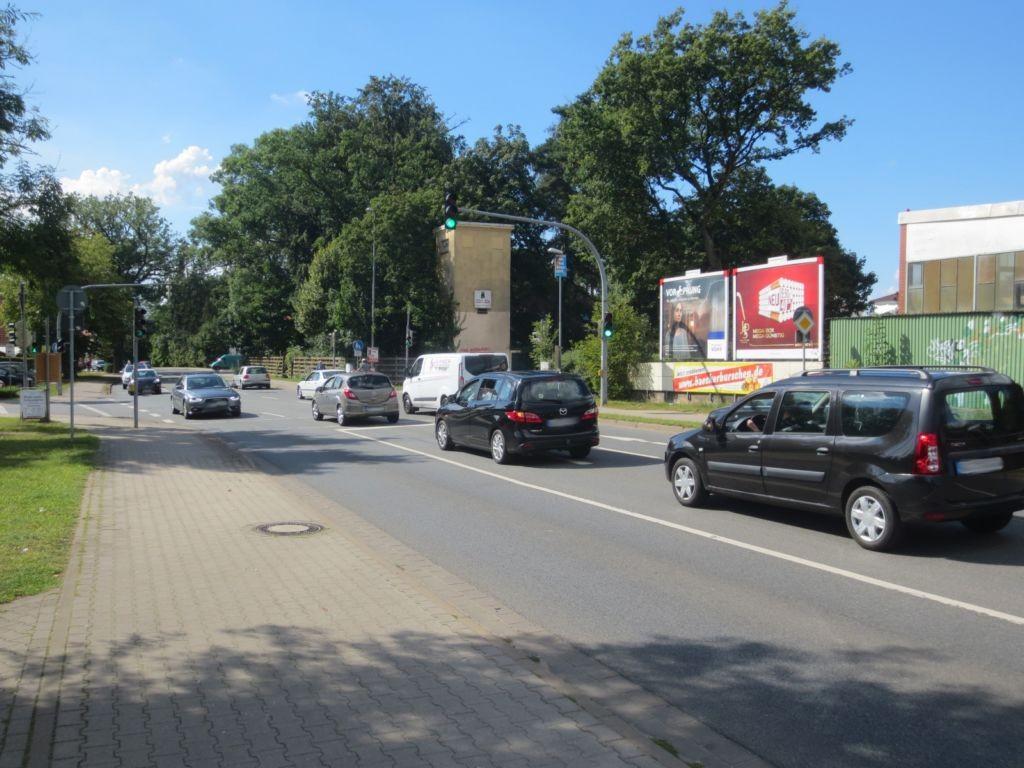 Lüneburger Landstr.  / Lindenweg 2 re.