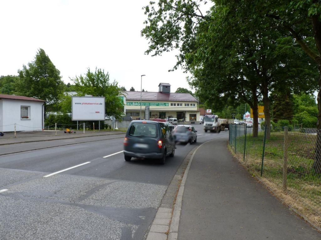 Laubacher Str. 1 (B 276)  quer