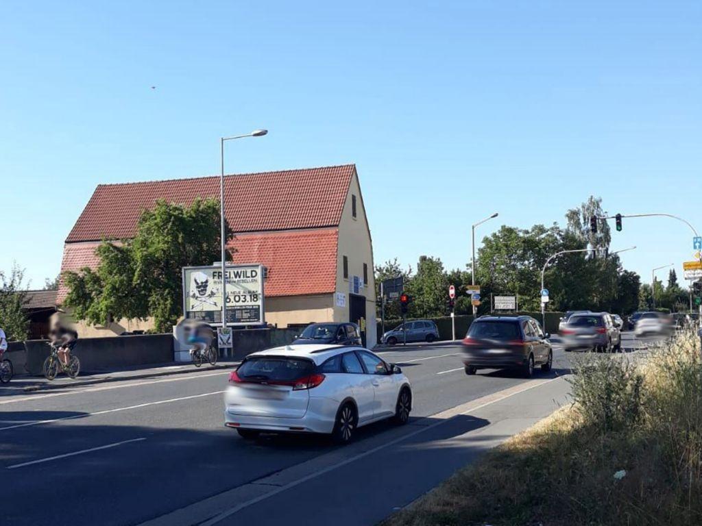Stadelner Hauptstr.  / Höhe Mannhofer Str. 37 RS