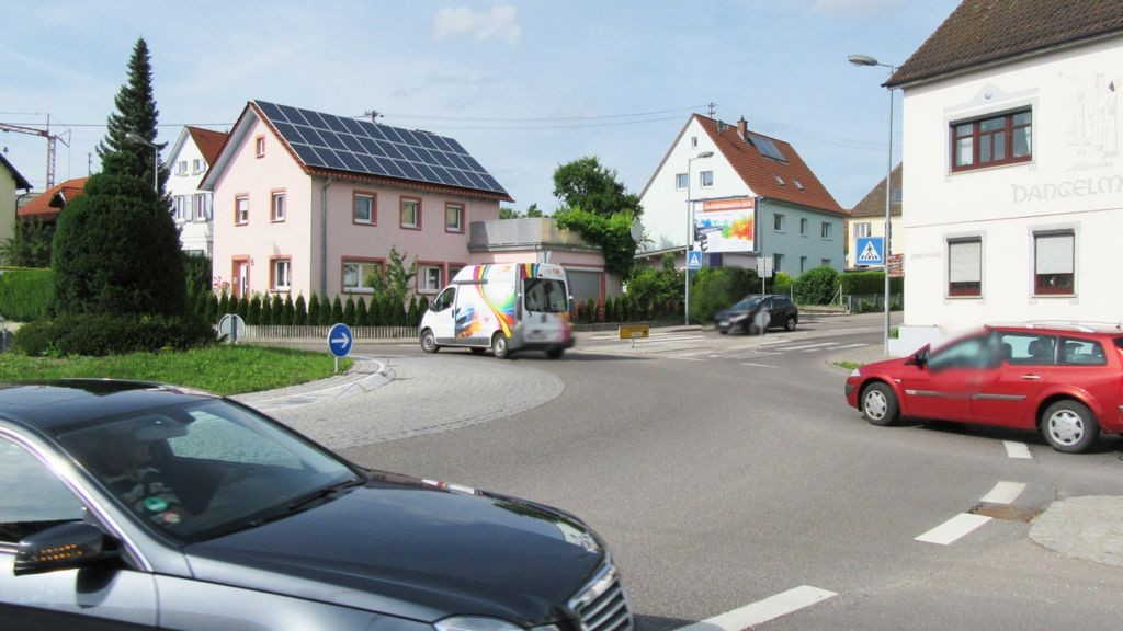 Ulmer Str. 1  / Si. Kreisverkehr RS