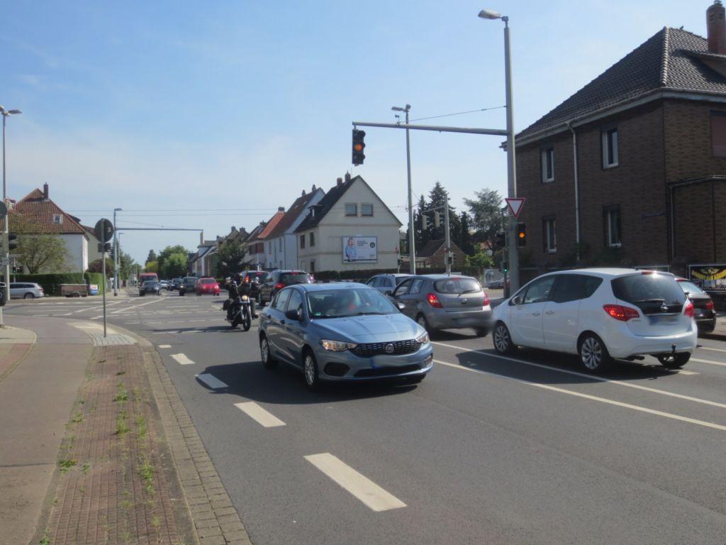 Messeweg 22 (B 248)  / Berliner Str.
