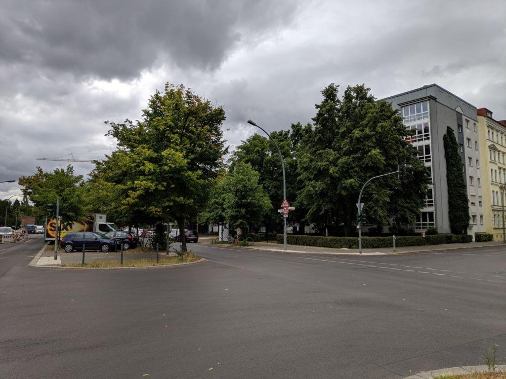 Friedrichsberger Str. Friedenstr. nh. Schule