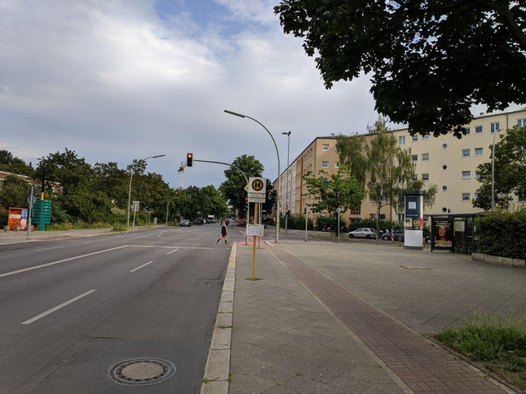 _CN/Rathenower Str. 64 vor Birkenstr. 1