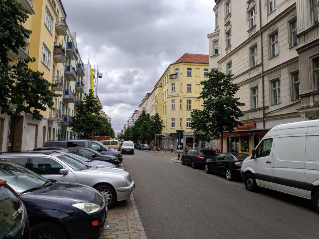 Gabelsberger Str. 8 vor Rigaer Str.