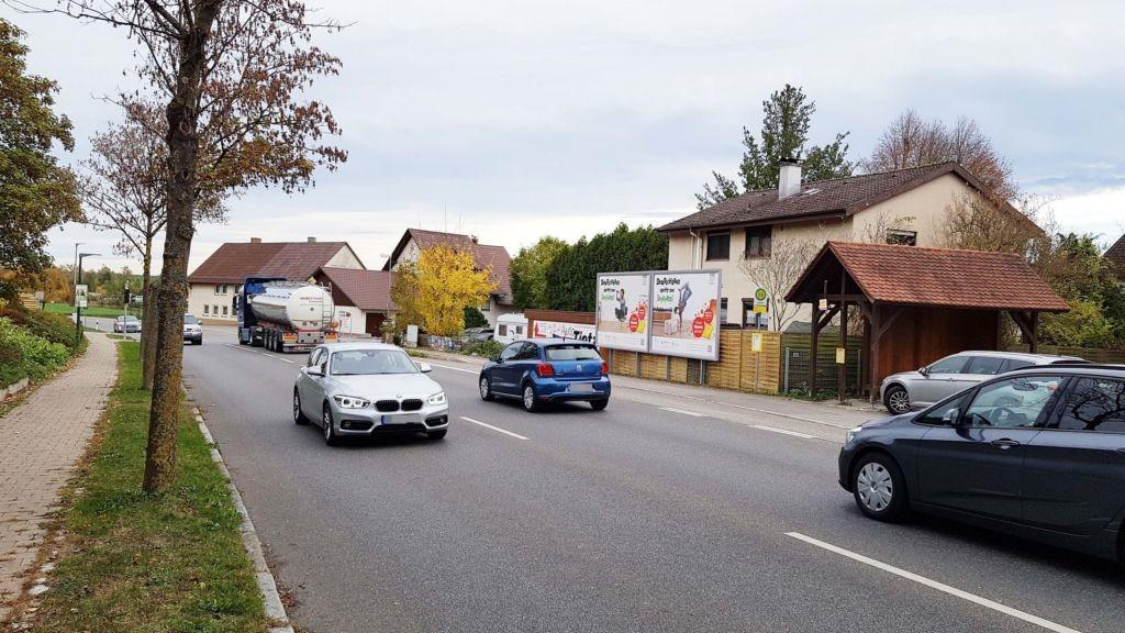 Leimbacher Str. (B 33)  / Unter Leimbach 2