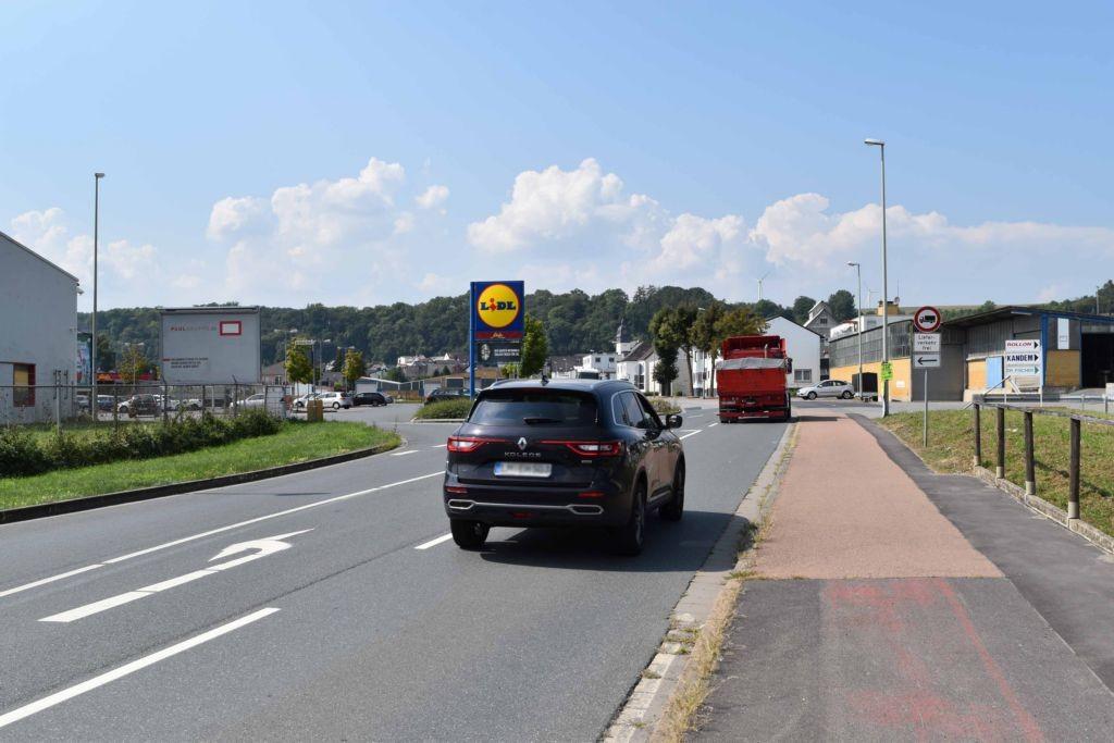 Steedener Weg 12 (L 3063)  / Rußwerthstr. quer RS