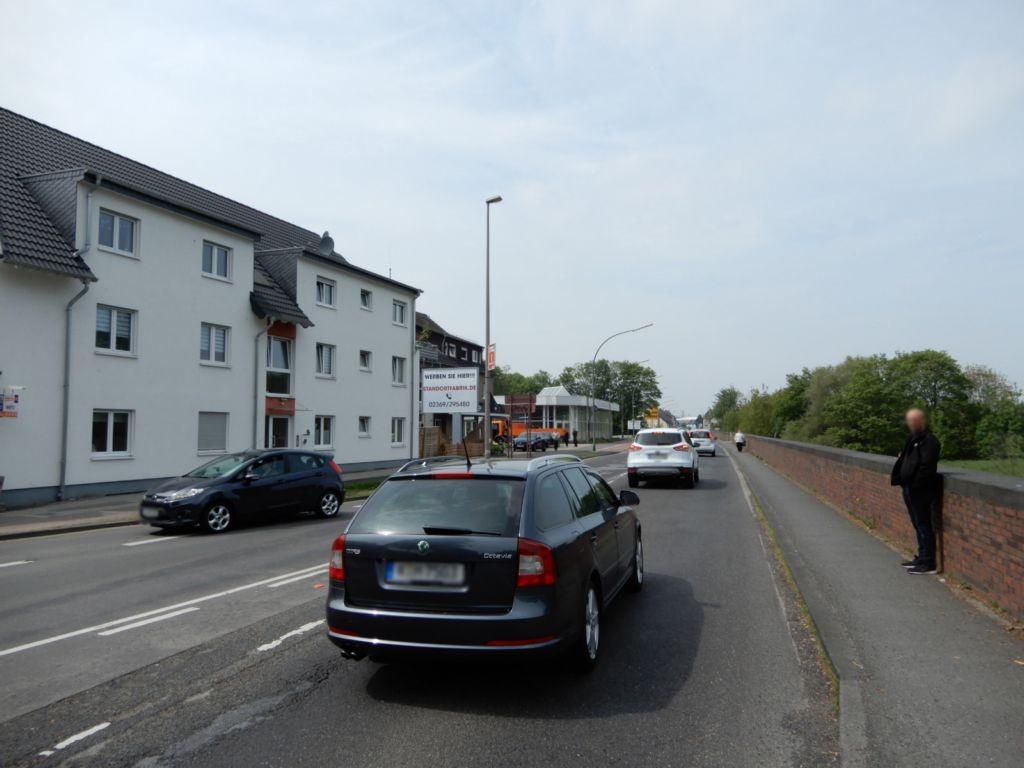 Neusser Landstr. 311-313 (B 9)  RS
