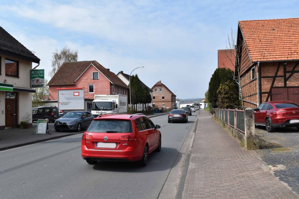 Hauptstr. 20 (B 252)  quer