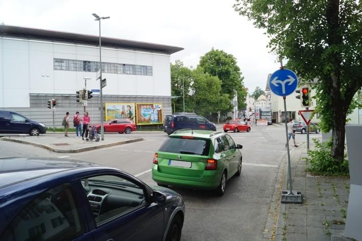 Hindenburgstr.  / Wachterstr. quer