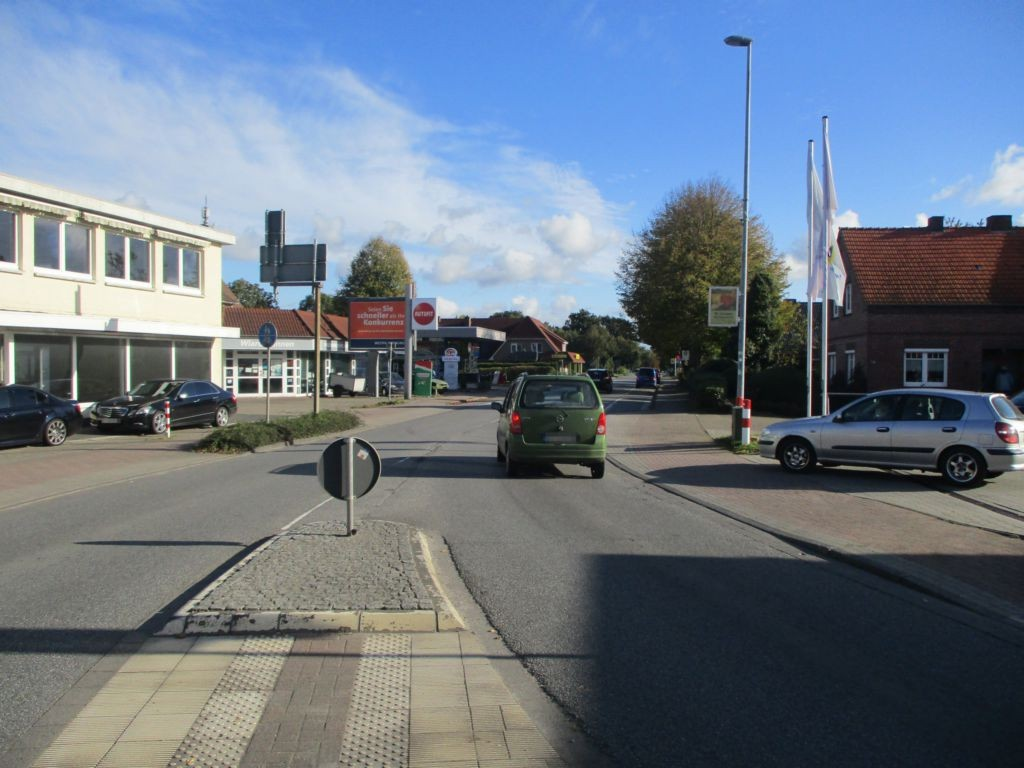 Friedeburger Hauptstr. 45 (B 436)  RS