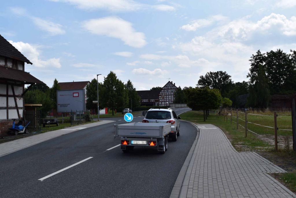 Hauptstr. 5  / Am Sportplatz quer RS